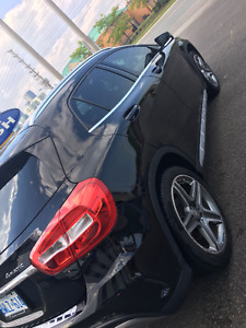 2015 Mercedes-Benz GLA-Class premium package