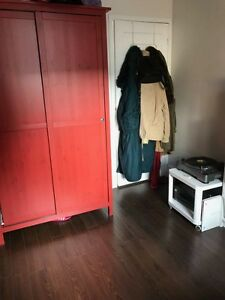 2nd BR available for March 1st or March 15th - Dundas/Gladstone