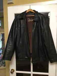 Wool & Cashmere coat/ Leather Jacket and more! West Island Greater Montréal image 4