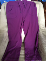 Burgundy Lululemon be STILL yoga pants-  size 6 or 8?