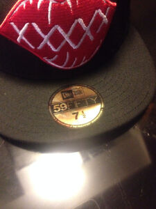 59FIFTY / New Era / black n red / super clean / new West Island Greater Montréal image 2