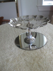 DAINTY OLD VINTAGE SILVER-PLATED FILIGREED STEMMED CANDY DISH