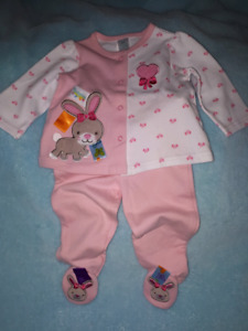 Baby Girl Taggies 2pc BUNNY Outfit Size 6mts,New