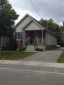 182 Broughdale Ave - walk to Western Campus