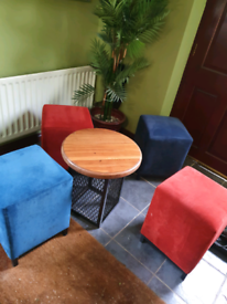 ROUND DRINKS TABLE WITH 4 STOOLS