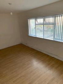 2 Bedroom Flat in Beeston