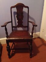 Lot of 6 Antique Walnut Chairs from 1930s