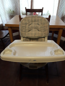 Swivel High Chair / Booster Seat