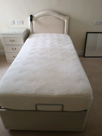 Adjustable single bed from HSL