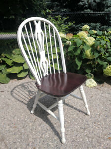 Solid Maple Wood Dinette Set (Dining Room Table + 4 Chairs)