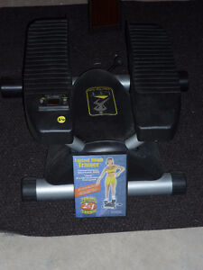 Lateral Thigh Trainer with DVD