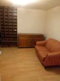 2 bed flat for immediate rent