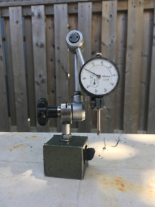 Mitutoyo Magnetic Base  with Mitutoyo 0-1 inch dial indicator