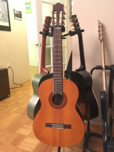 Guitare Classic yamaha C40