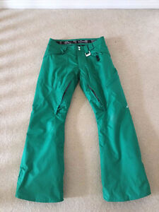 Oakley men's ski/snowboard pants in excellent condition size L