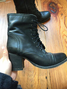 Steve Madden Black Leather Heel Boots