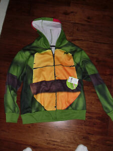 Tutles hoodie tags still on size small