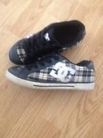 Size 7 DC shoes