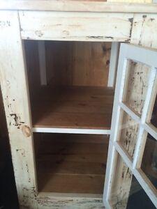 Storage/linen cupboard Kawartha Lakes Peterborough Area image 3