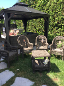 Chaises en rotin et table / high quality rattan chairs & table