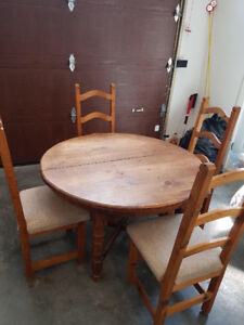 Dining Table 6 Chairs MUST GO!!!