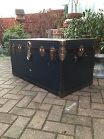 Vintage 1920s trunk with inner tray £69ono