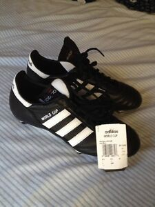 Addidas World Cup leather size 7 soccer shoes BRAND NEW