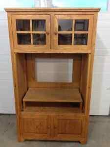 Oak entertainment cabinet with pocket doors Moose Jaw Regina Area image 3