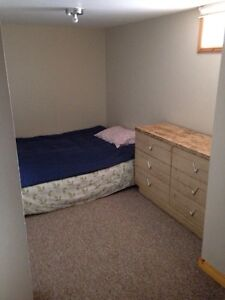 Room for rent! Internet, and Laundry included!