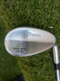 Mizuno tot style 60 degree wedge r/handed.