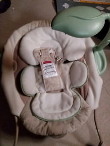 Vibrating chair for baby