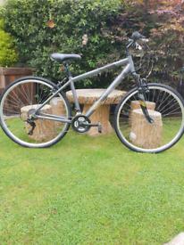 Mens Apollo Guru hybrid 700c wheel bicycle
