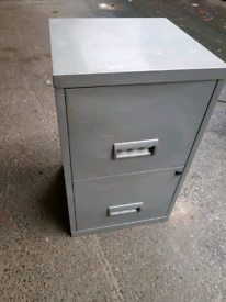 Two drawers Metal filling cabinet w/ keys ***Can deliver***