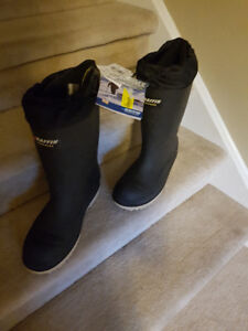 Winter Boots (Baffin Water Proof)