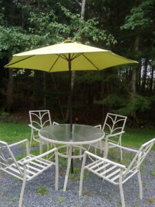 PATIO TABLE WITH FOUR CHAIRS AND UMBRELLA $100 OBO