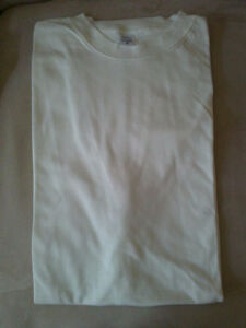 Brand new lot of 9 off-white colour adult crewneck t-shirt Small London Ontario image 2