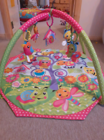 Playgro Bugs n Bloom Activity Gym / Play Gym