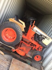Early 70s case 442 lawn tractor  Stratford Kitchener Area image 1