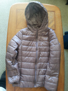 New Forever 21 Rose gold puffer jacket size large