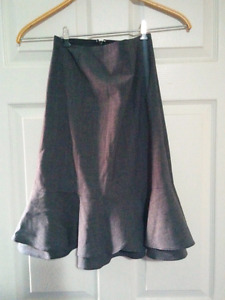 R&W charcoal skirt - size 10