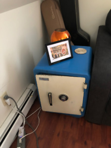 WORKING SAFE / Side Table (Fire & Theft Resistant / Super Heavy)