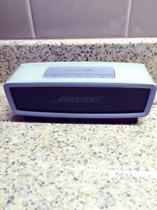BOSE SOUNDLINK 1 original London Ontario image 1