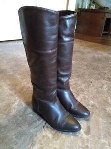 Vintage Brown Leather Boots - Size 5.5