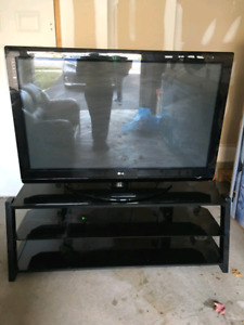 "60"" LG Plasma TV Excellent"
