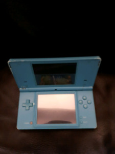 Nintendo DS- no charger or stylus