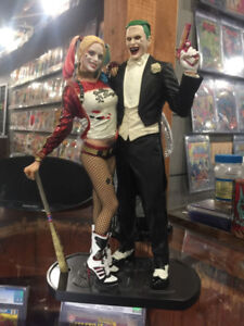 harley quinn /joker / suicide squad statue 12 inch $180.00 new