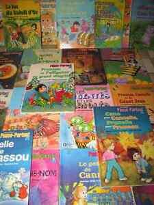 28 livres vintage «Les contes de Passe-Partout» Je poste!