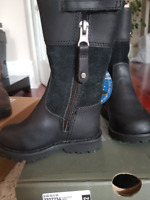 Timberland Spring/Fall Boots Size 4 US, EU 20 Leather - NEW