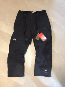 Never worn (with tags) North Face men's winter pants