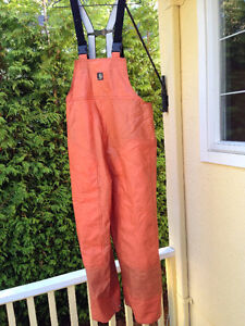 Carhartts waterproof OVERALLS & rubber BOOTS